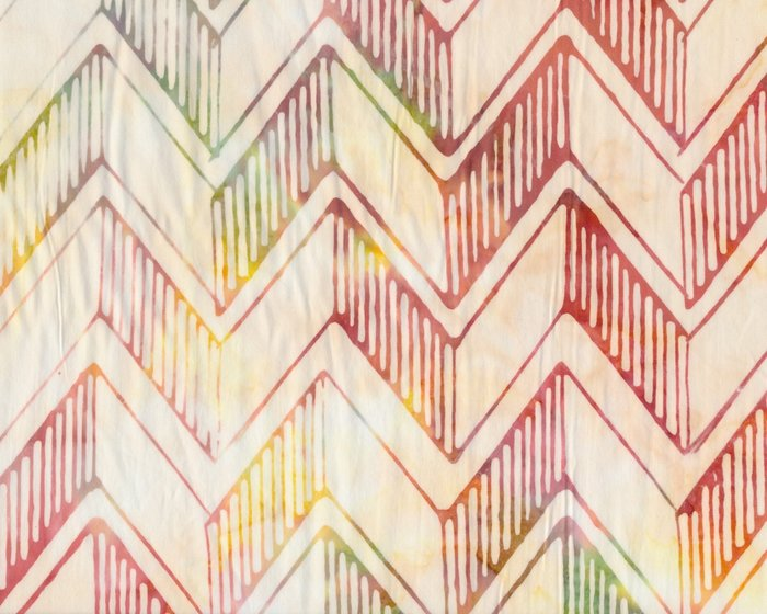 Batik-Patchworkstoff THE SWEET LIFE, Chevron-Zacken, cremé-pastellrot